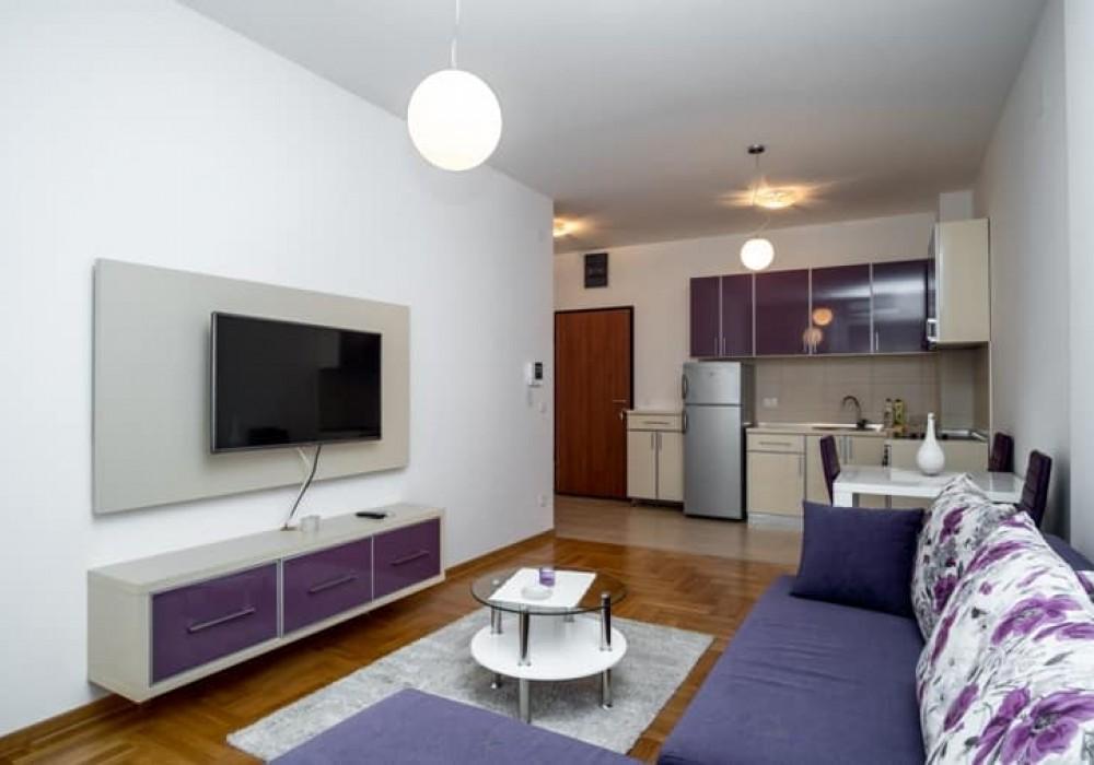 Сдаётся 2-комнатная квартира 80.0 кв.м.  за 450 EUR