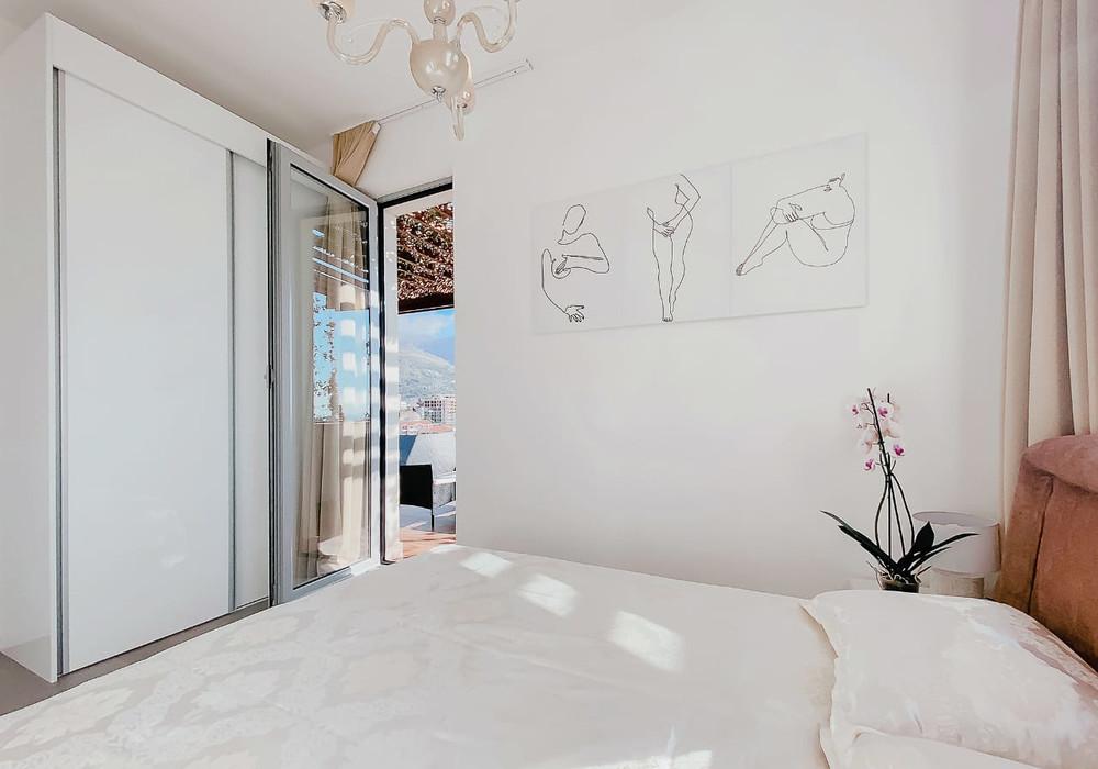 Продаётся 2-комнатная квартира 122.0 кв.м.  за 297 200 EUR
