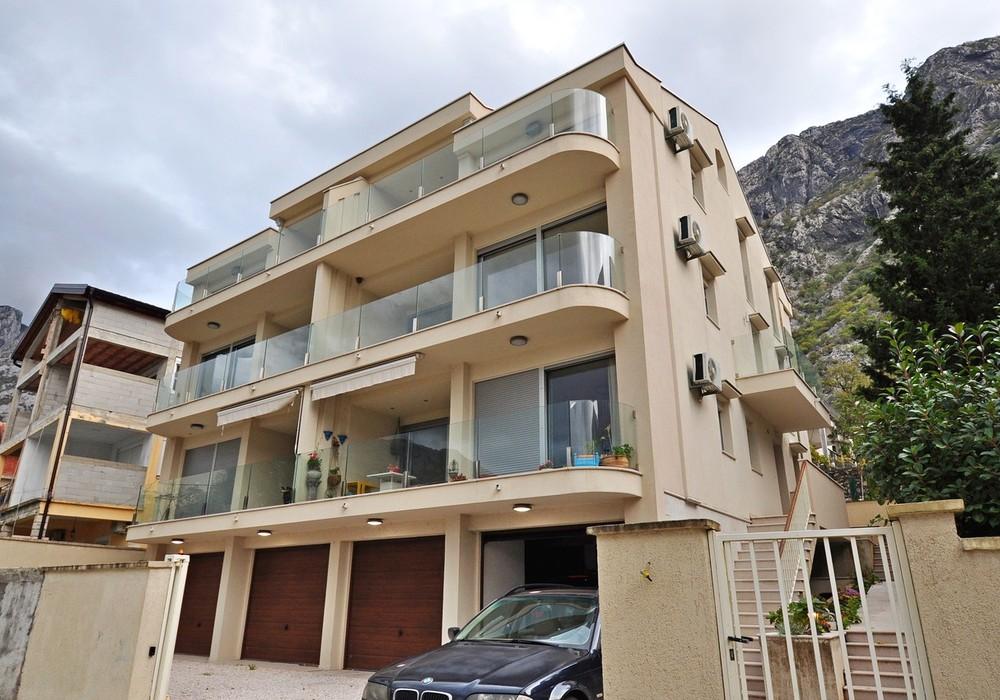 Продаётся 2-комнатная квартира 80.0 кв.м.  за 210 000 EUR