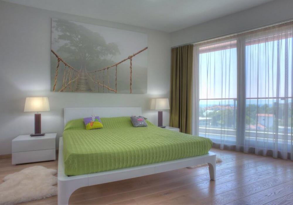 Продаётся 3-комнатная квартира 195.0 кв.м.  за 695 000 EUR