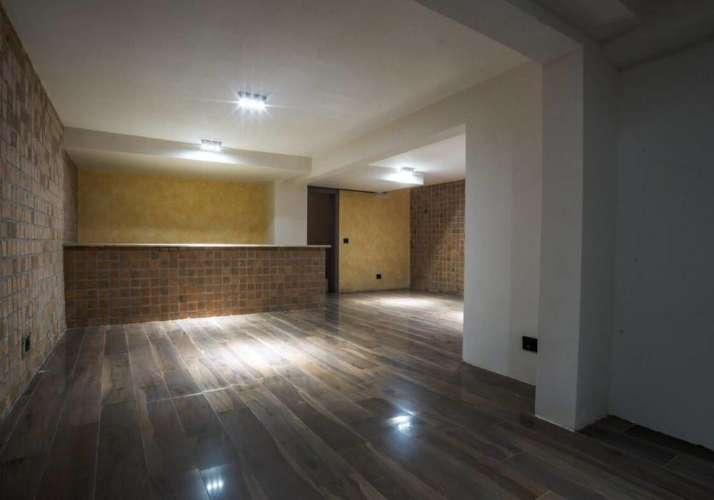 Продаётся 5-комнатная  364.0 кв.м.  за 950 000 EUR