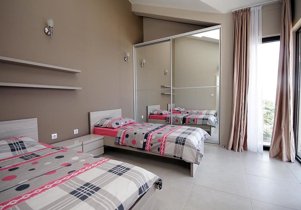 Продаётся 3-комнатная  197.0 кв.м.  за 650 000 EUR