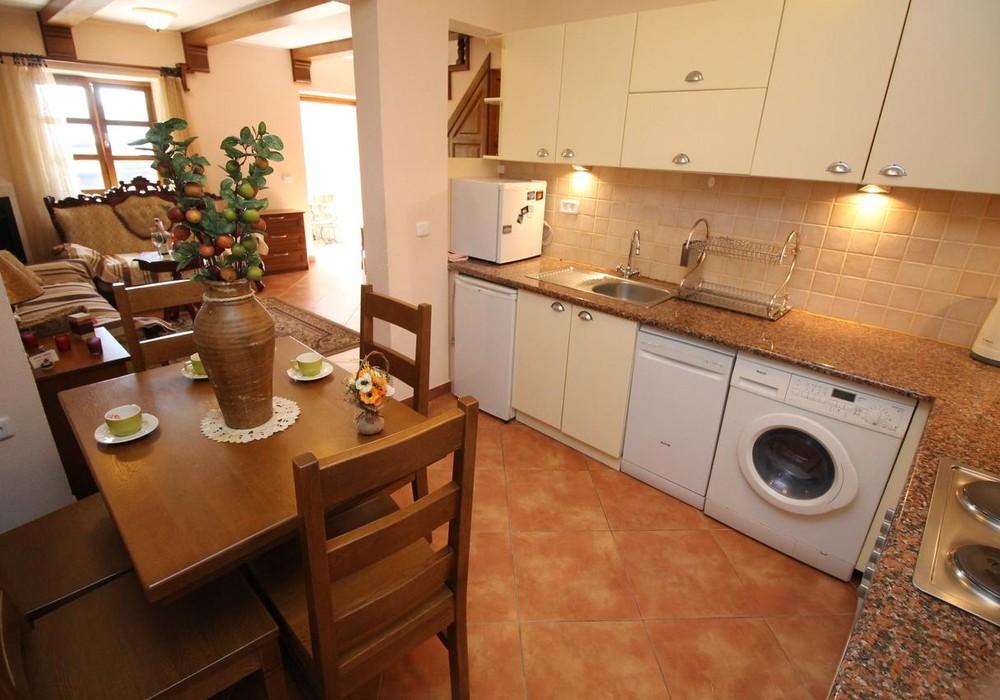 Продаётся 3-комнатная  70.0 кв.м.  за 350 000 EUR