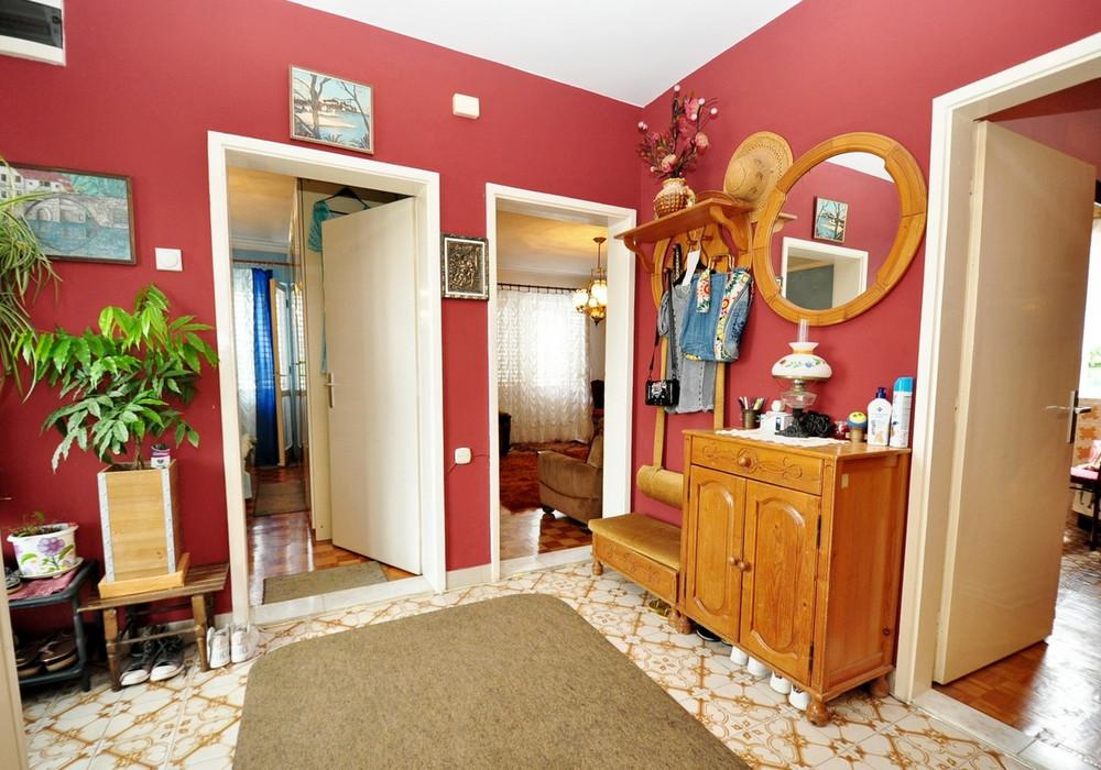 Продаётся 3-комнатная  170.0 кв.м.  за 530 000 EUR