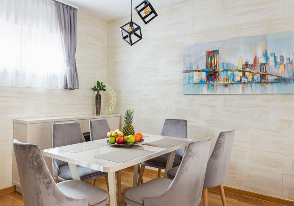Продаётся 2-комнатная квартира 68.0 кв.м.  за 190 400 EUR