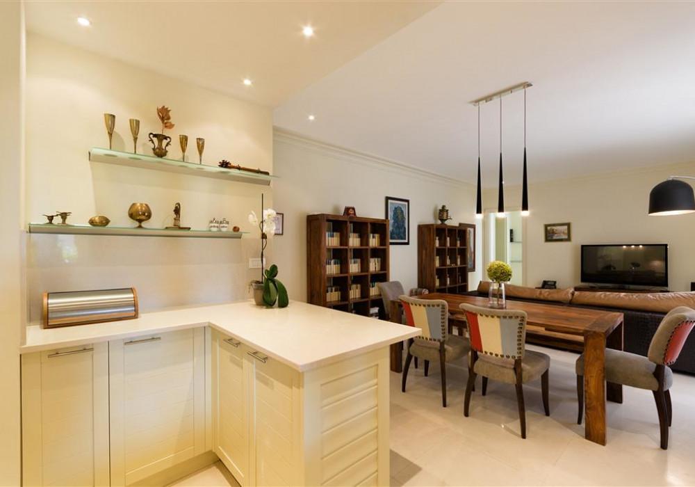 Продаётся 2-комнатная квартира 200.0 кв.м.  за 580 000 EUR