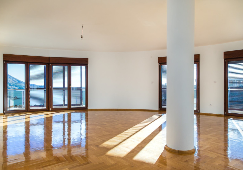 Продаётся  квартира 42.0 кв.м.  за 92 400 EUR
