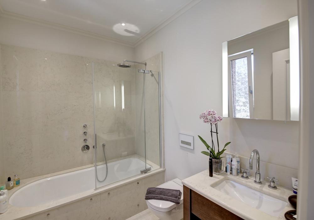 Продаётся 2-комнатная квартира 90.0 кв.м.  за 525 000 EUR