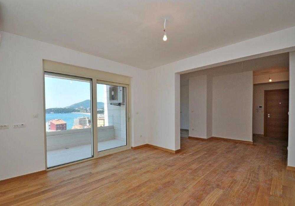 Продаётся 3-комнатная квартира 122.0 кв.м.  за 366 000 EUR