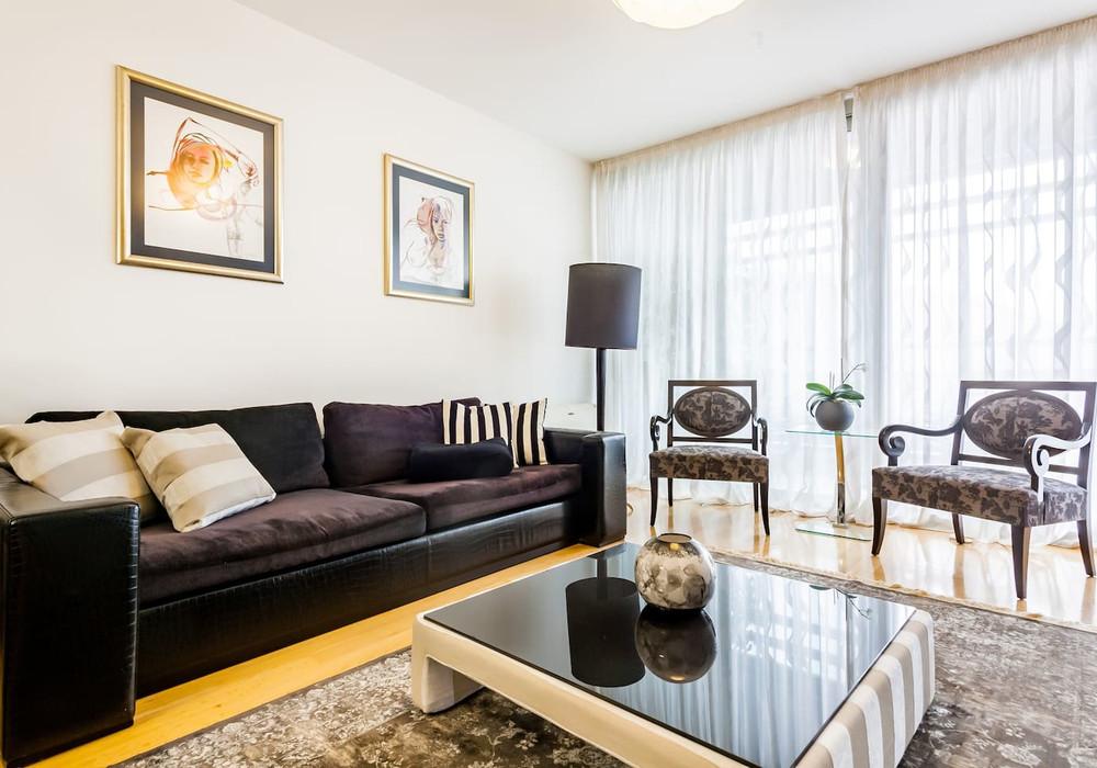 Продаётся 2-комнатная квартира 85.0 кв.м.  за 155 000 EUR