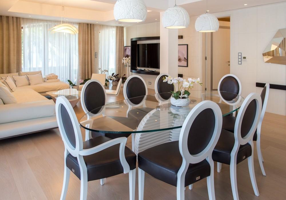 Продаётся 4-комнатная  286.0 кв.м.  за 3 500 000 EUR