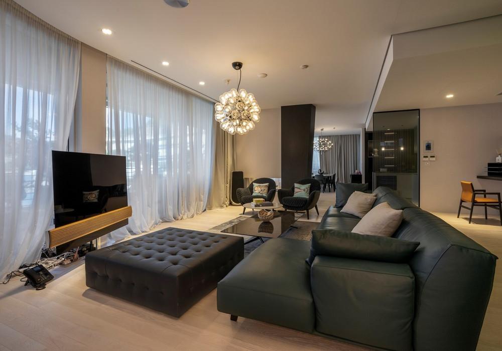 Продаётся 4-комнатная квартира 288.0 кв.м.  за 2 160 000 EUR