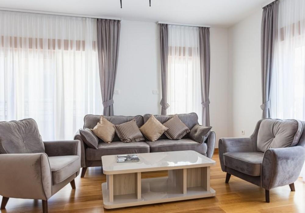 Продаётся 2-комнатная квартира 74.0 кв.м.  за 244 200 EUR