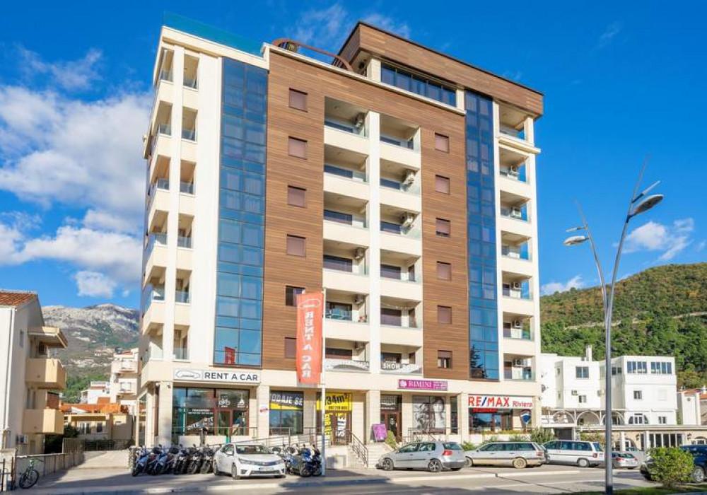 Продаётся 3-комнатная квартира 396.0 кв.м.  за 850 000 EUR