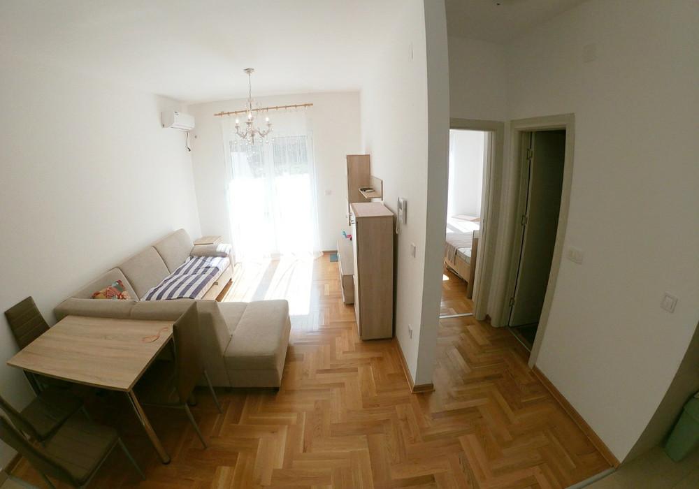 Продаётся  квартира 40.0 кв.м.  за 79 000 EUR