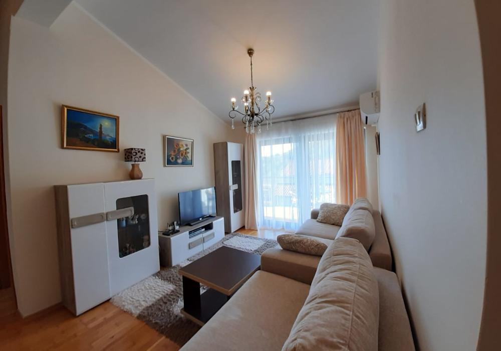 Продаётся  квартира 56.0 кв.м.  за 110 000 EUR