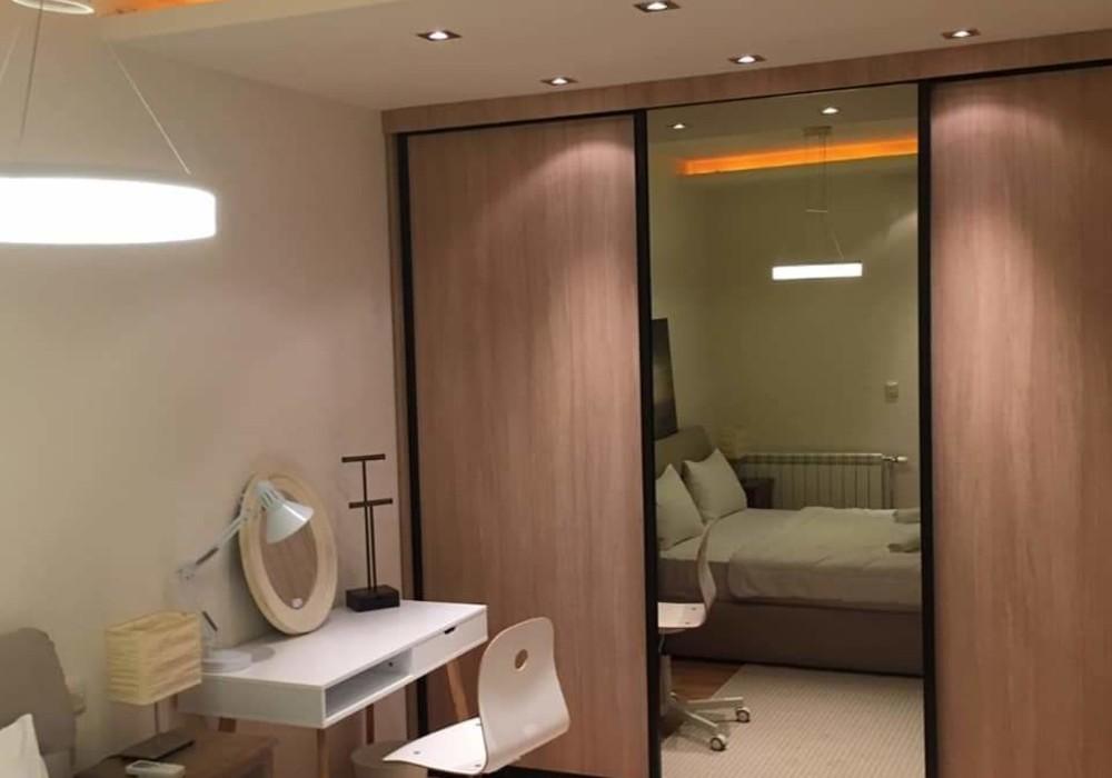 Сдаётся 3-комнатная квартира 243.0 кв.м.  за 2 500 EUR