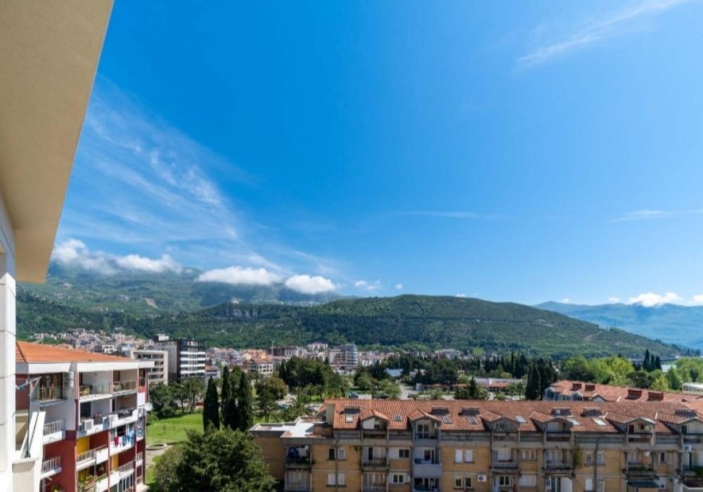 Продаётся  квартира 45.0 кв.м.  за 135 000 EUR