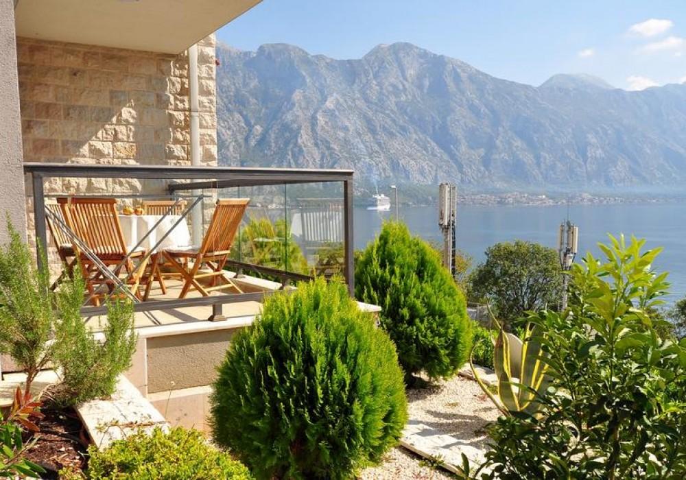Продаётся 2-комнатная квартира 120.0 кв.м.  за 285 000 EUR