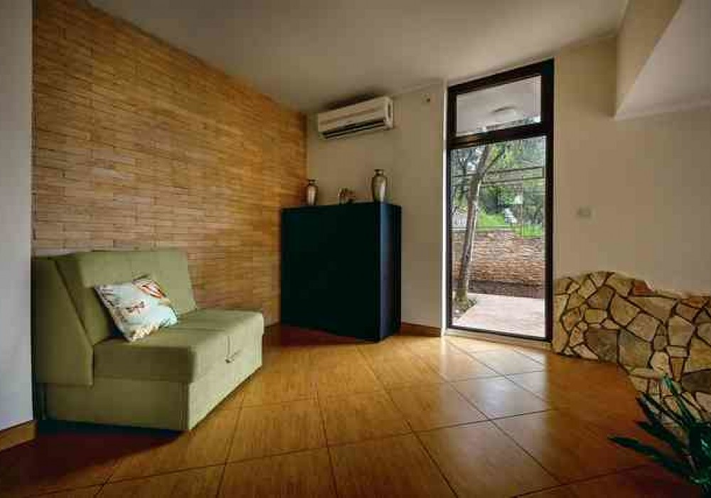 Сдаётся 4-комнатная  150.0 кв.м.  за 160 EUR