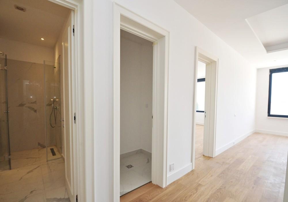 Продаётся 2-комнатная квартира 103.0 кв.м.  за 412 000 EUR