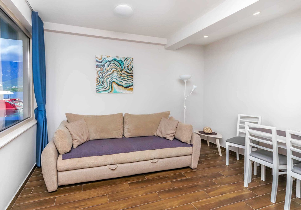 Продаётся  квартира 44.0 кв.м.  за 127 600 EUR