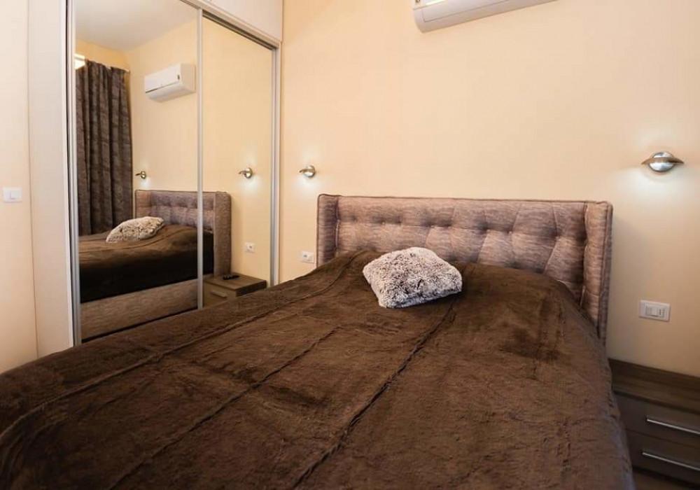 Продаётся  квартира 43.0 кв.м.  за 150 500 EUR