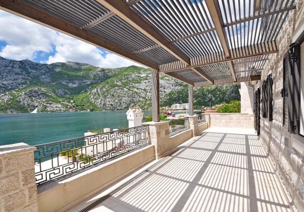 Продаётся  квартира со свободной планировкой 554.0 кв.м.  за 2 950 000 EUR