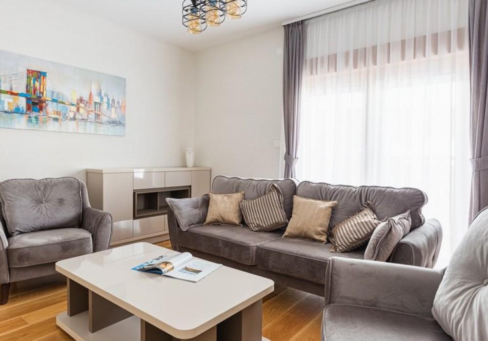 Продаётся  квартира 54.0 кв.м.  за 151 200 EUR