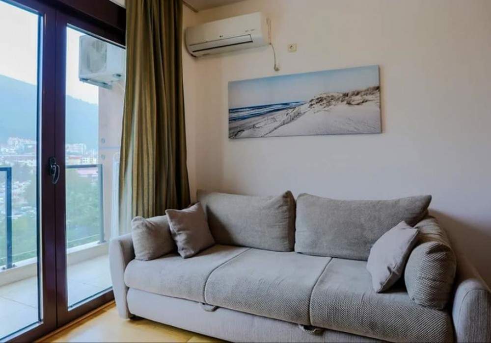 Сдаётся 4-комнатная квартира 44.0 кв.м.  за 55 EUR