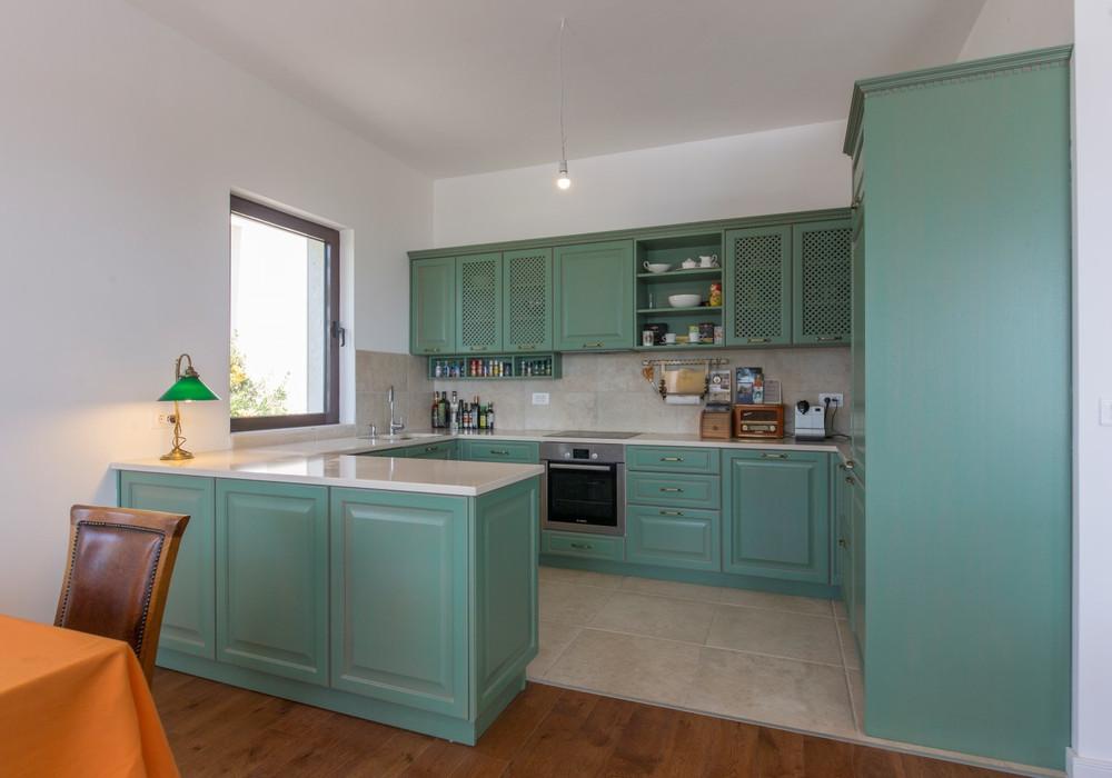 Продаётся 4-комнатная  402.0 кв.м.  за 990 000 EUR