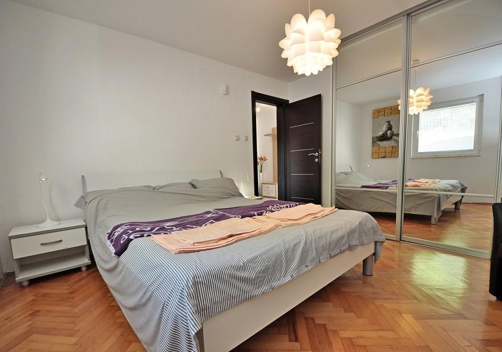 Сдаётся 6-комнатная  300.0 кв.м.  за 400 EUR