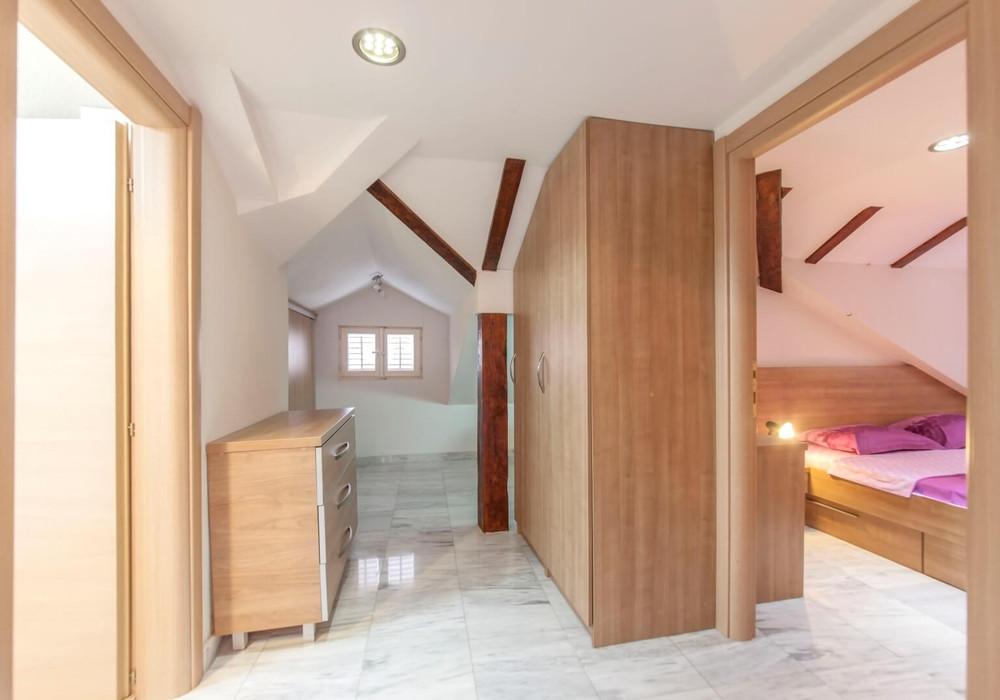 Продаётся 3-комнатная квартира 110.0 кв.м.  за 260 000 EUR