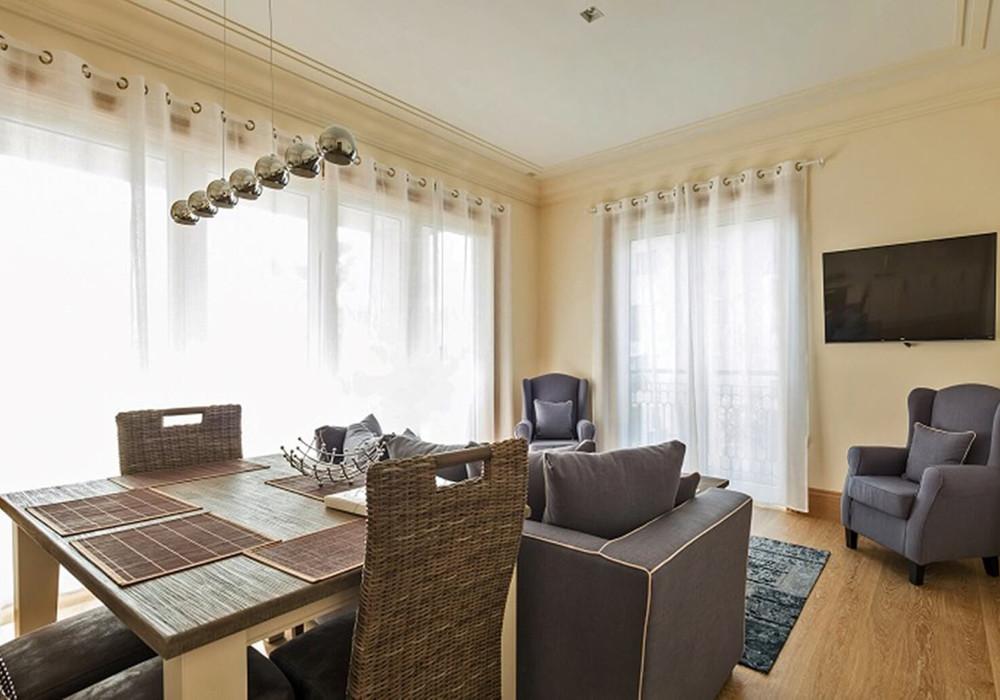 Продаётся 2-комнатная квартира 111.0 кв.м.  за 850 000 EUR