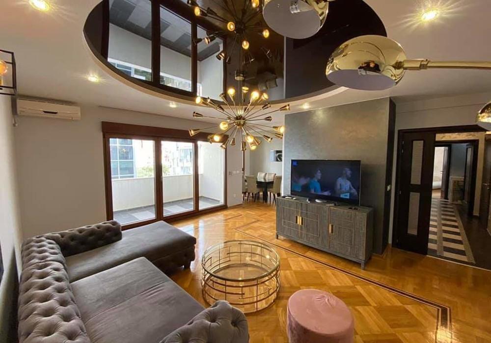 Сдаётся 2-комнатная квартира 109.0 кв.м.  за 900 EUR