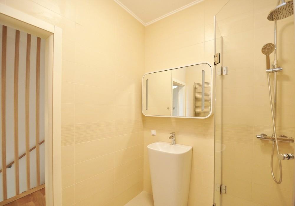 Продаётся 2-комнатная квартира 90.0 кв.м.  за 222 500 EUR
