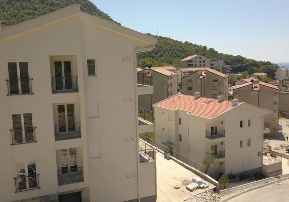 Продаётся 2-комнатная квартира 60.0 кв.м.  за 120 000 EUR