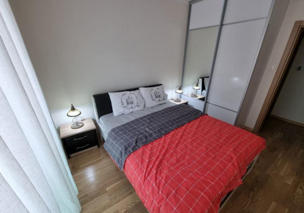 Сдаётся 2-комнатная квартира 76.0 кв.м.  за 70 EUR