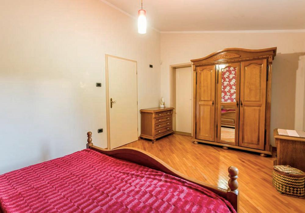 Продаётся 6-комнатная  396.0 кв.м.  за 530 000 EUR