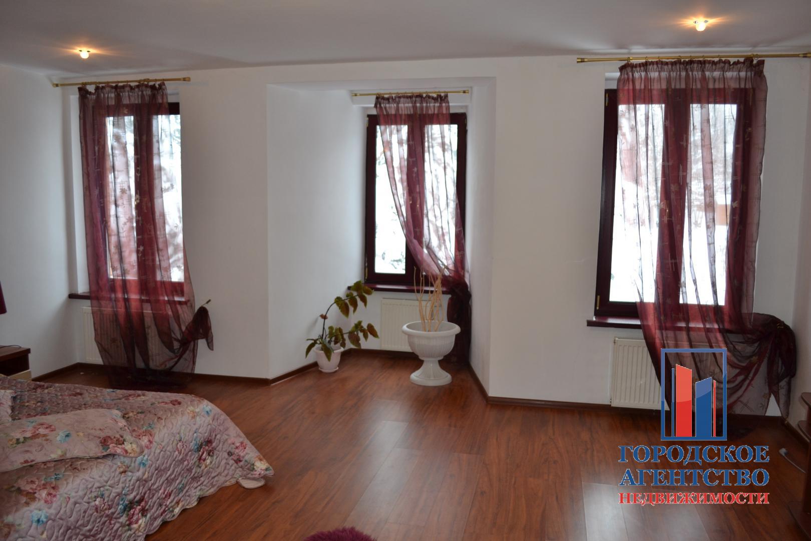 Продаётся  дом/дача 355.8 кв.м.  за 13 950 000 руб