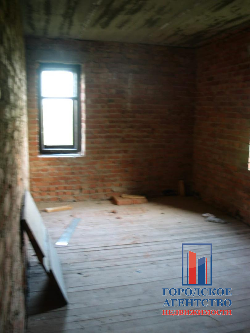 Продаётся  дом/дача 125.0 кв.м.  за 1 300 000 руб