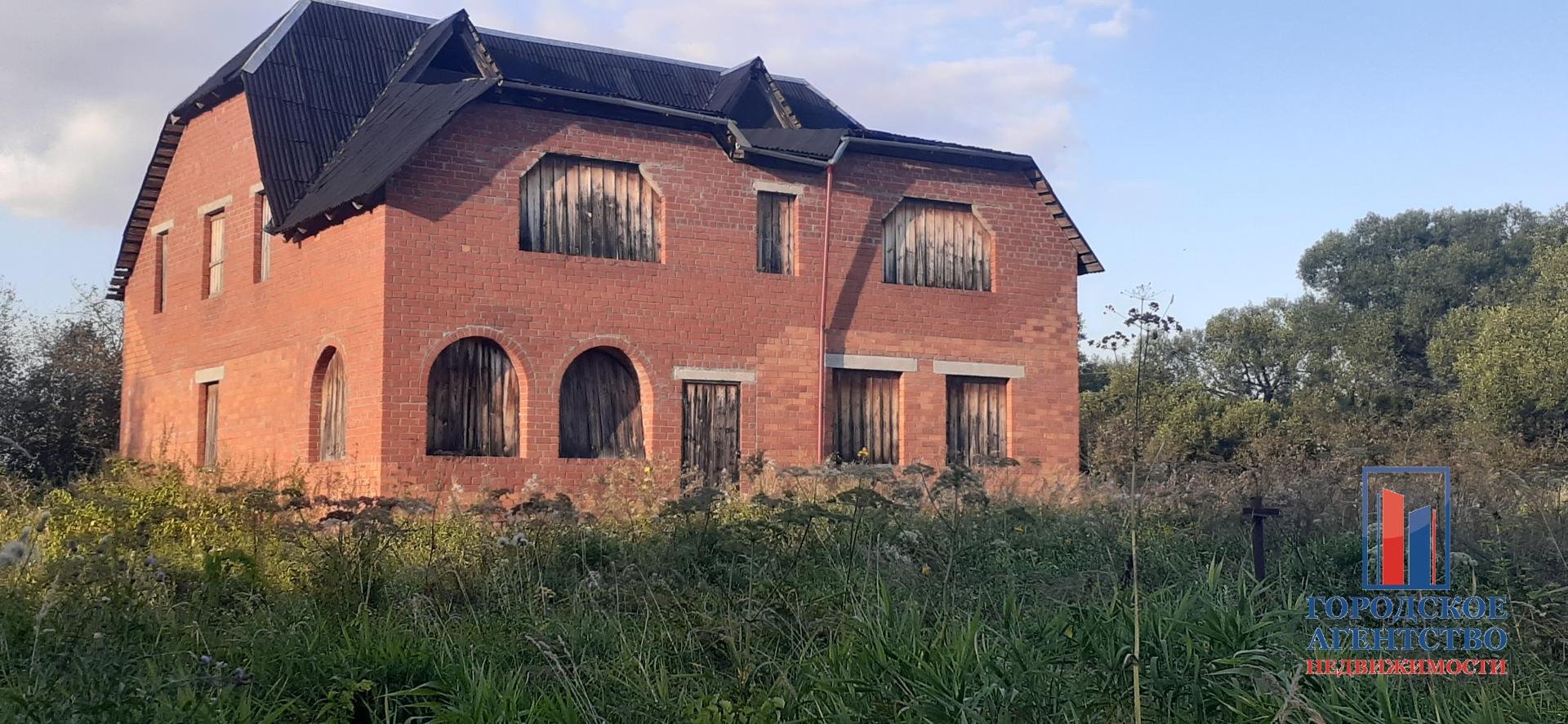 Продаётся  дом/дача 392.5 кв.м.  за 1 600 000 руб