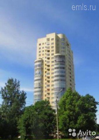 Сдаётся 2-комнатная квартира 77.0 кв.м. этаж 7/23 за 35 000 руб